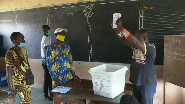 Au Bénin, une trajectoire politique dangereuse